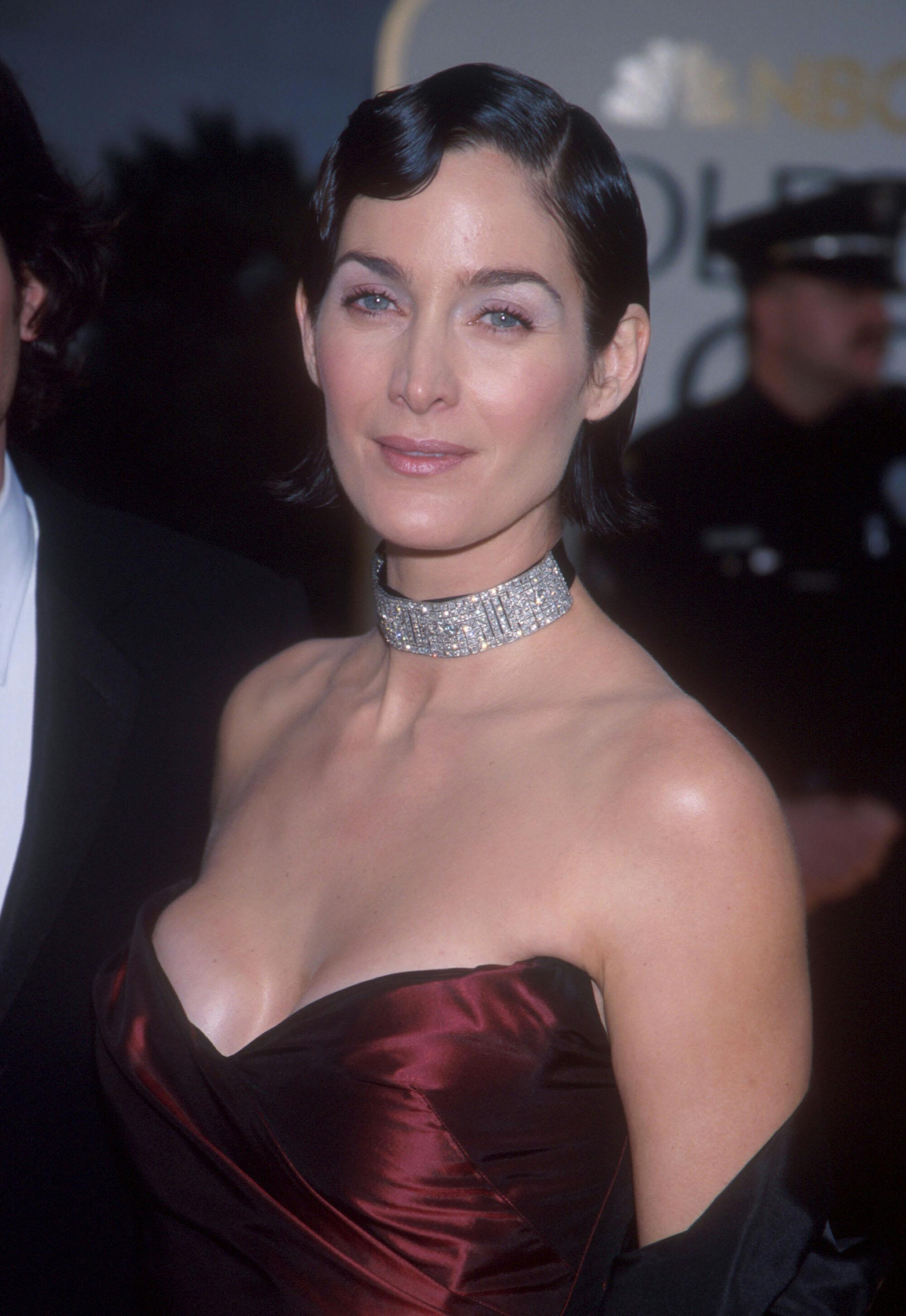 Carrie-anne Moss - Images Colection