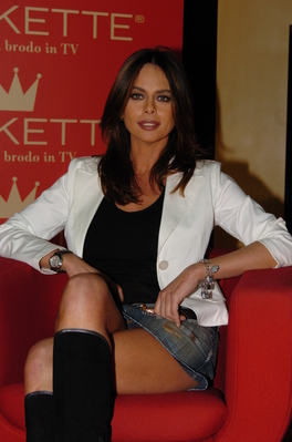 Paola perego foto internetcelebrity org - Diva futura in tv ...