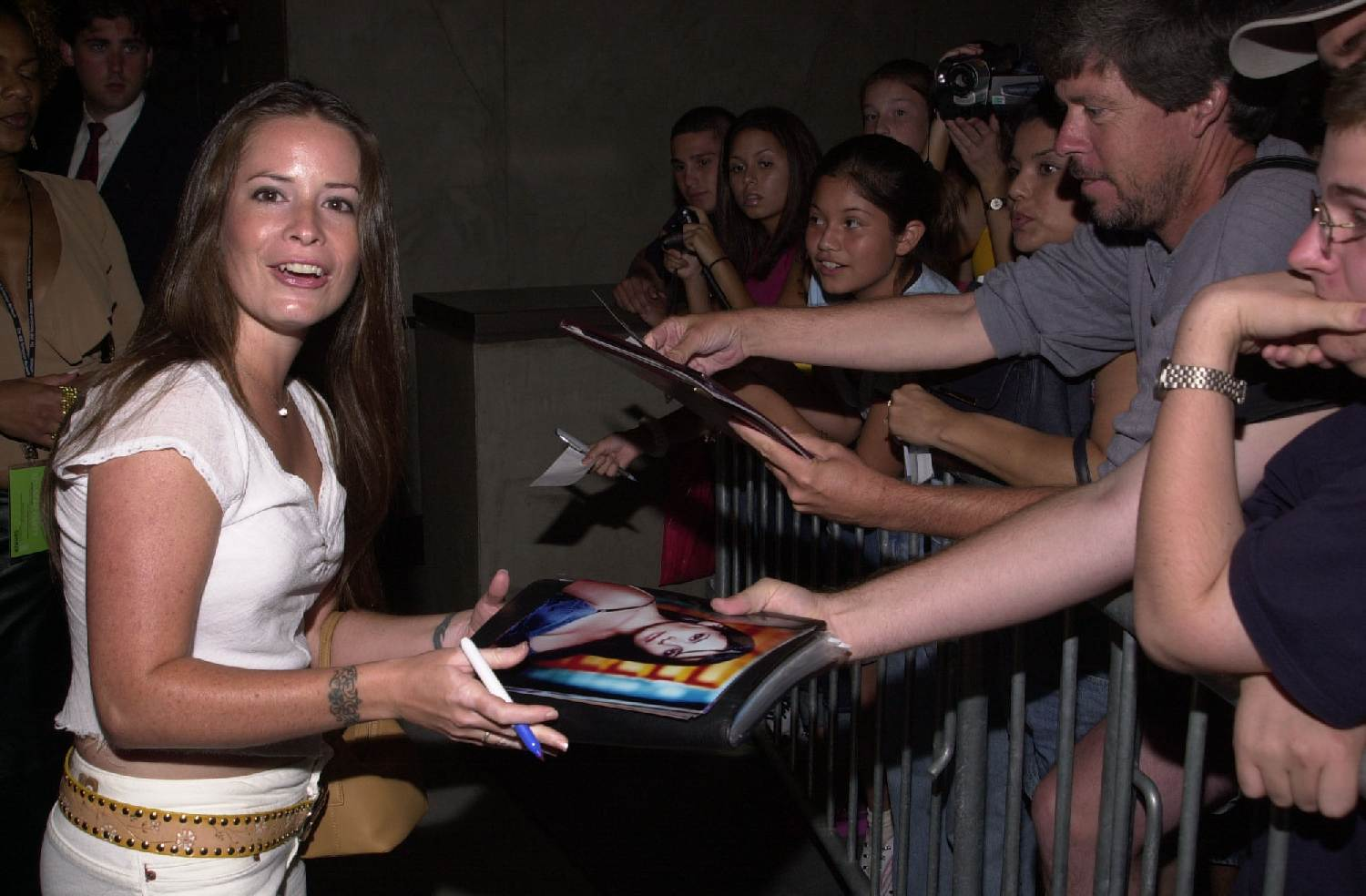 holly marie combs younger