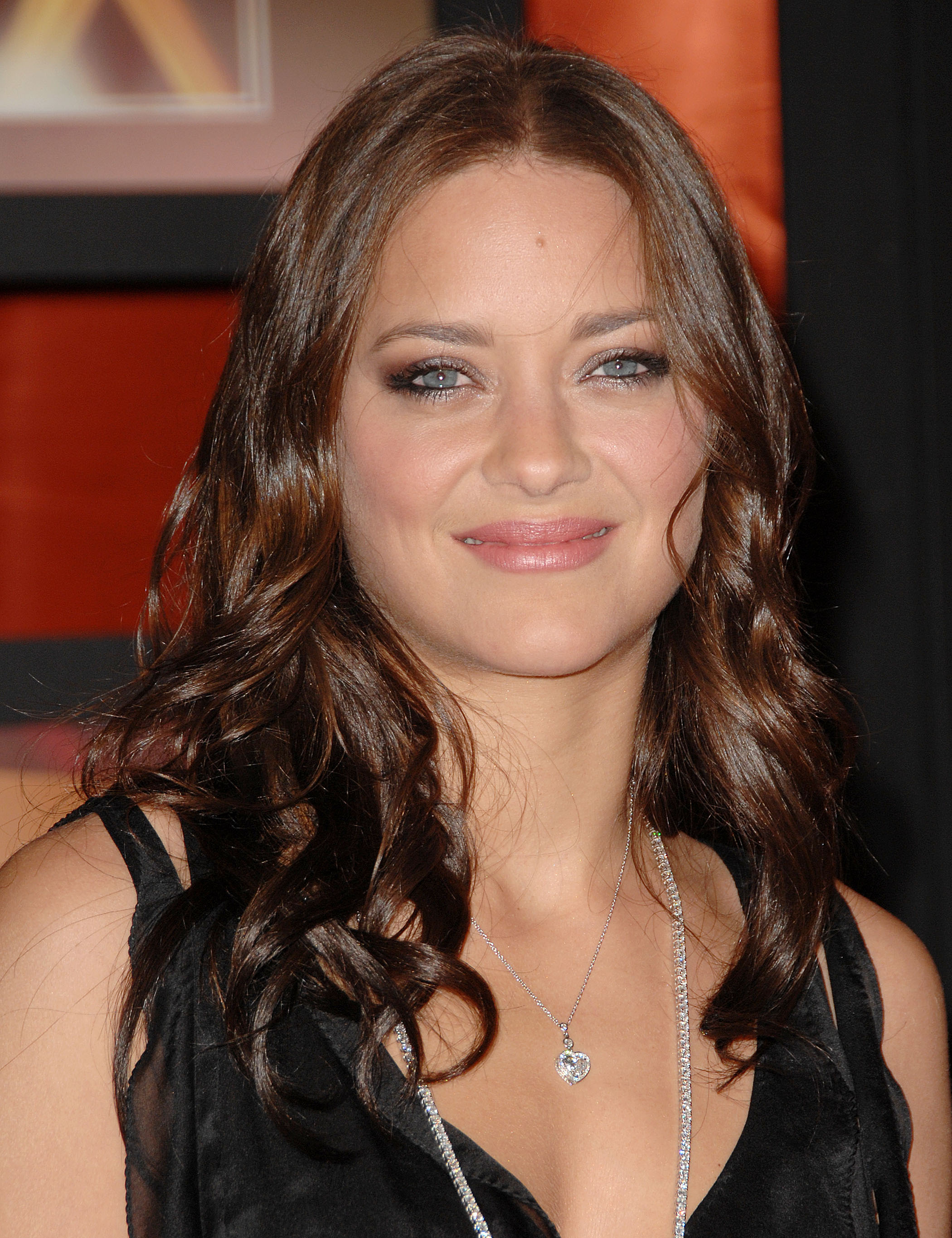 05015_Marion_Cotillard_Critics_Choice_Awards_0107_033_122_588lo.jpg