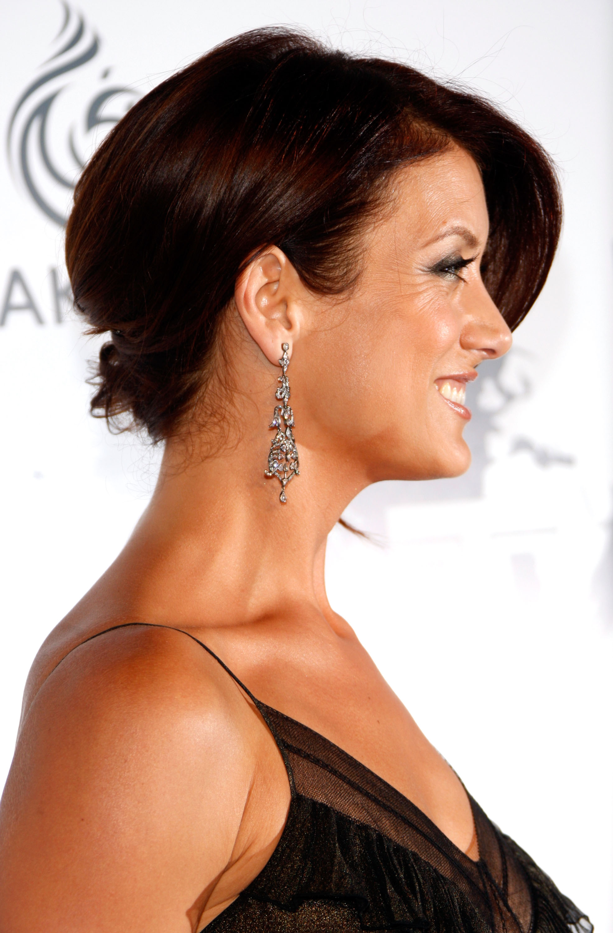 Kate Walsh is a Skin Health