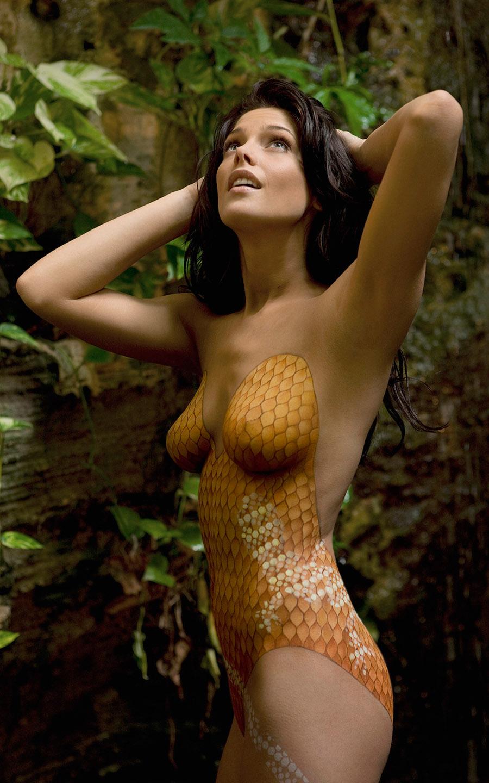 ashley greene Nude Pics